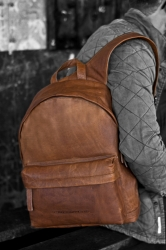 The Chesterfield Brand Rucksack Andrew 15,4 Zoll DIN A4