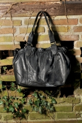 aunts and uncles Olivia Shopper black