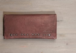 aunts and uncles Ann Geldbörse Clutch Nietenbörse aubergine