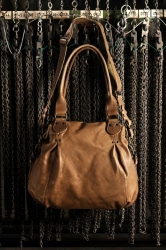 aunts and uncles Rachel Handtasche cognac