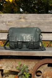 aunts and uncles City Hopper Postbag M pine
