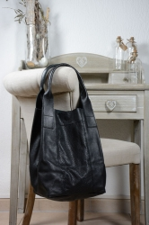 Oakwood Holly black Beuteltasche Ledertasche Shopping-Bag
