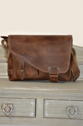 aunts and uncles Jordan vintage tan Postbag M