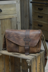 aunts and uncles Miles Hunter vintage tan Postbag M
