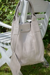 Oakwood Closed Ledertasche Shopping-Bag hellgrau
