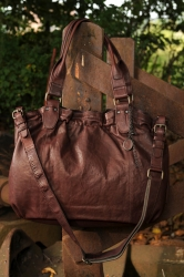 aunts and uncles Olivia Shopper aubergine