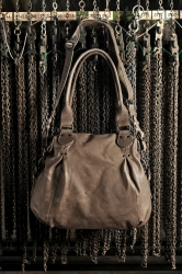 aunts and uncles Rachel Handtasche mineral