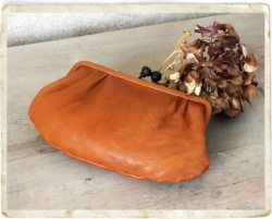 aunts and uncles Rose Bügelbörse Clutch L caramel