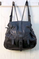 aunts and uncles Sugar Bowl Bagpack 2in1 Handbag grey black