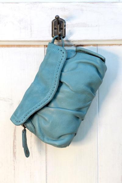 aunts and uncles peanut handtasche xs clutch aqua. Black Bedroom Furniture Sets. Home Design Ideas